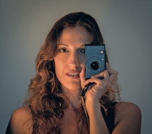 self_portrait_leica_front